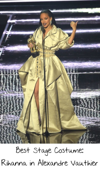 2016-end-of-the-year-style-awards-best-state-costume-rihanna-vmas-vauthier