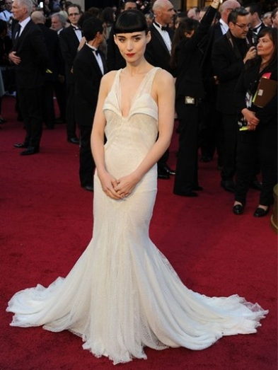 Rooney Mara to rewear Givenchy first worn to the 2012 Academy Awards